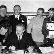 Так ли легко было Сталину принимать решения и какой ценой